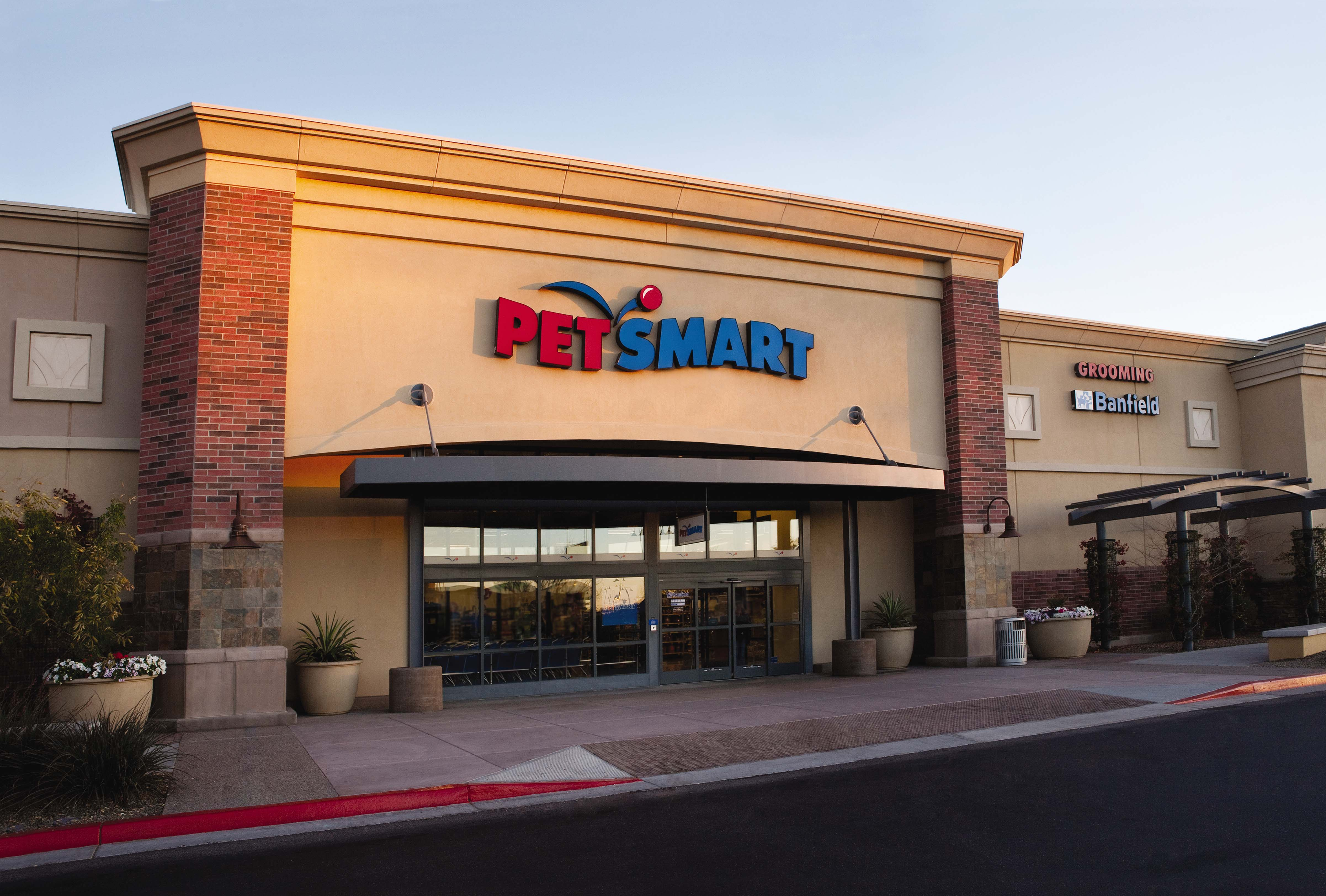 1,450-Plus Petsmart locations turn to Mood Media's music ...